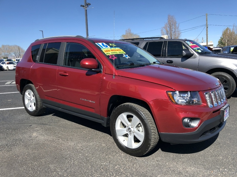 Jeep Compass Latitude 4WD, FIRST TIME BUYER, LOW MILES, 2016 price $15,495