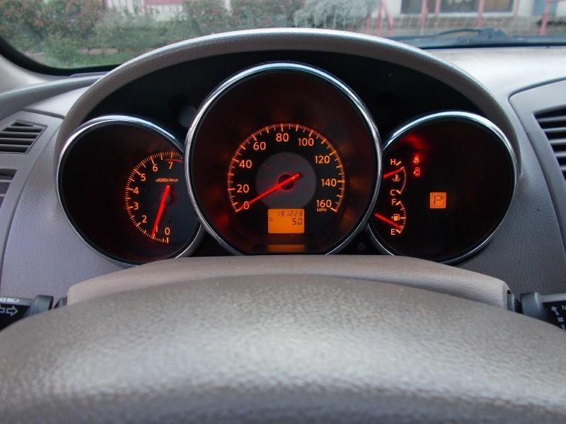 Nissan Altima 2006 price $2,400