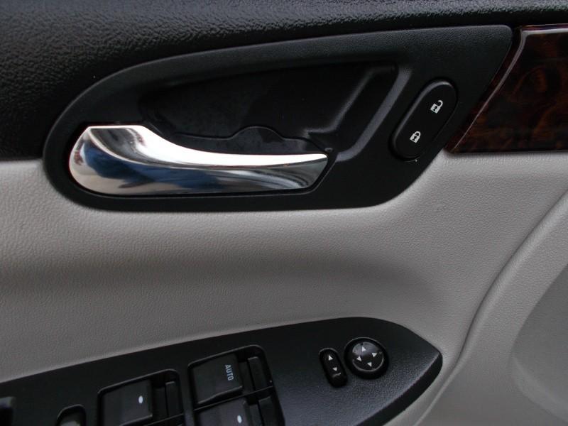Chevrolet Impala 2012 price $2,600