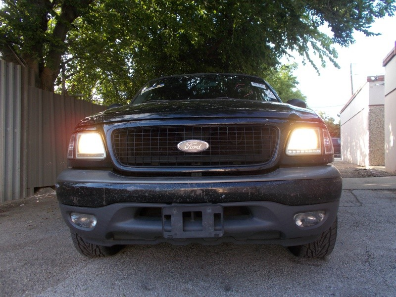 Ford Expedition 2000 price $980