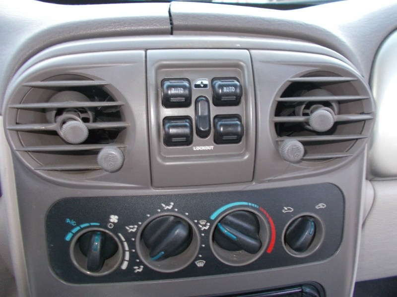 Chrysler PT Cruiser 2002 price $1,500
