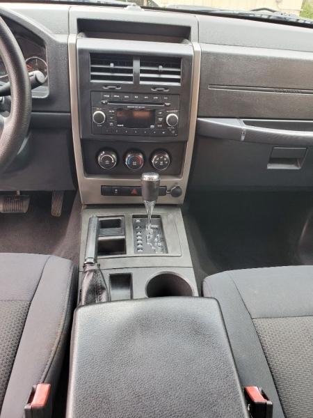 Jeep Liberty 2012 price $5,999