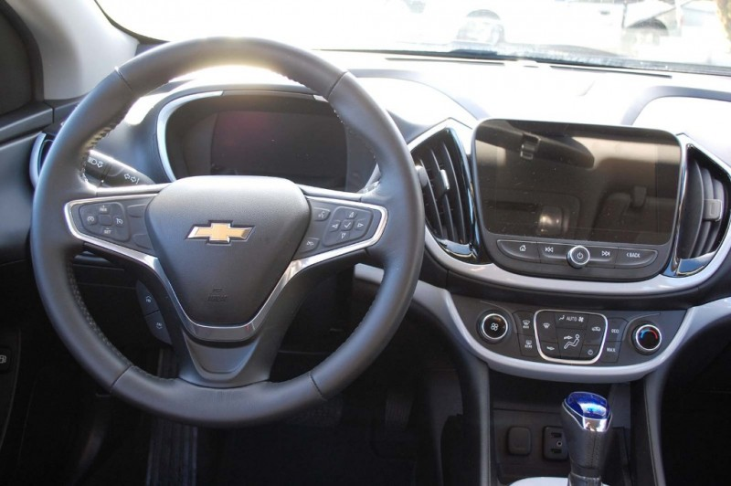 Chevrolet Volt 2016 price $15,995