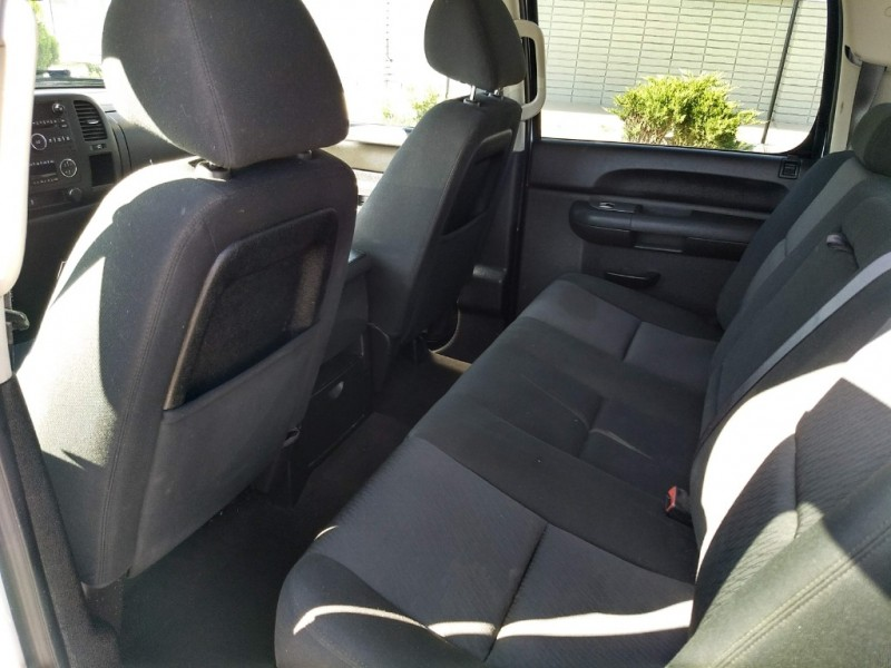 GMC Sierra 1500 Hybrid 2013 price $15,995