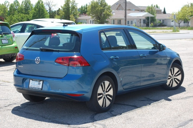Volkswagen e-Golf 2016 price $12,995