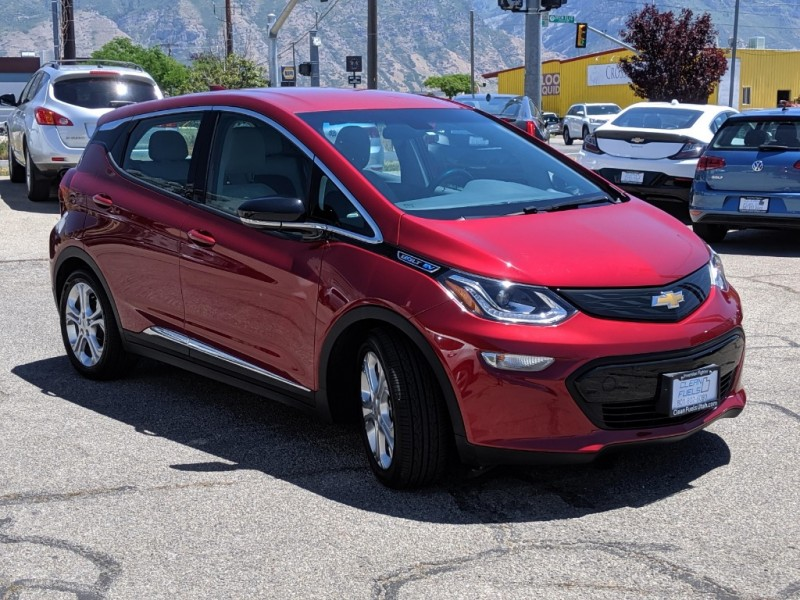 Chevrolet Bolt EV 2017 price $19,995