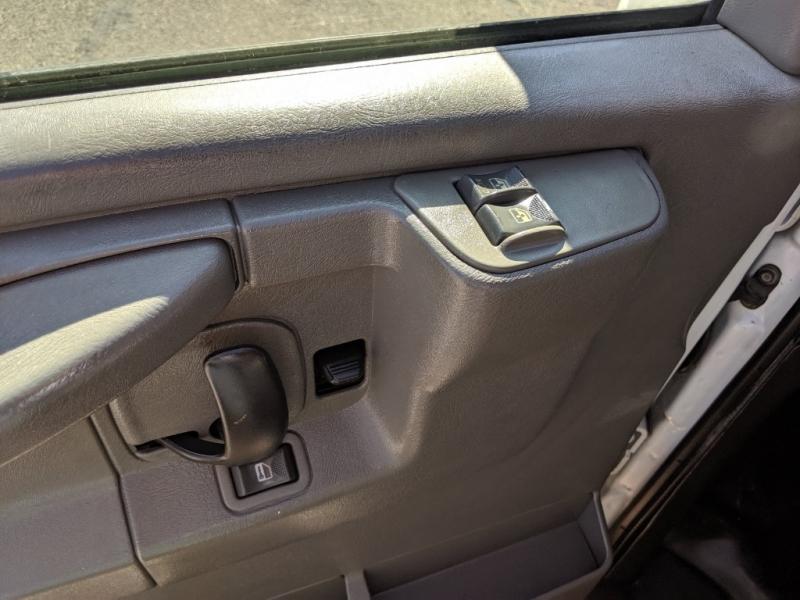 GMC Savana Passenger 2007 price $5,995