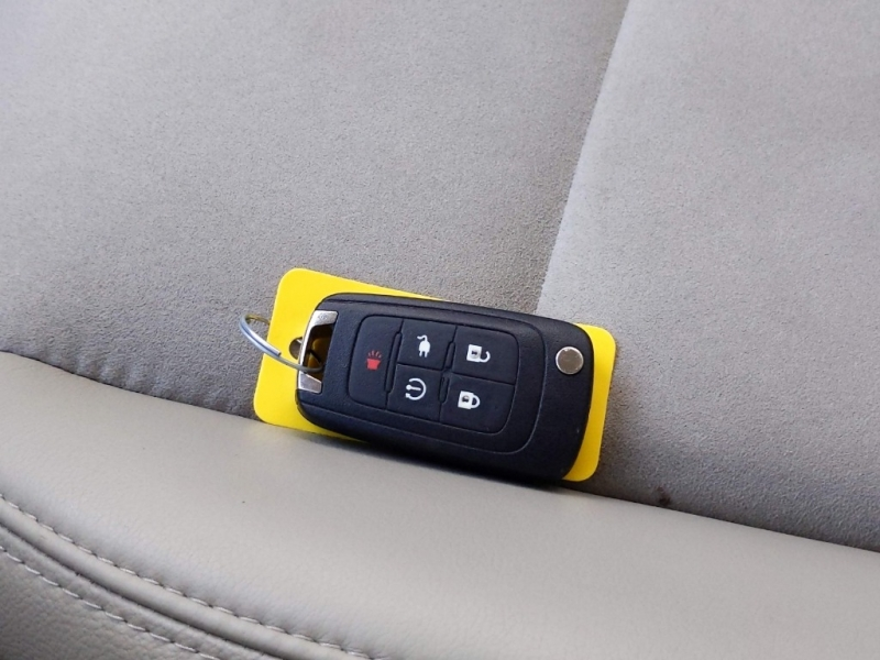 Chevrolet Volt 2013 price $9,295