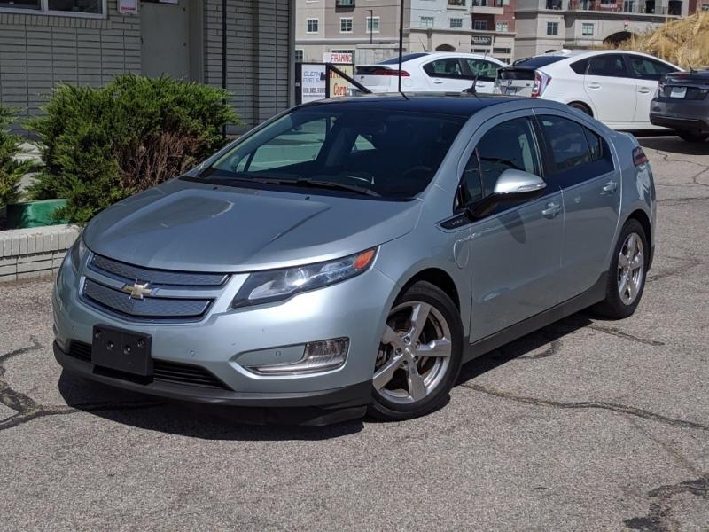 Chevrolet Volt 2011 price $7,995