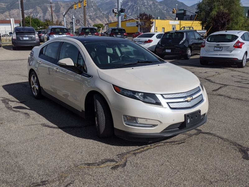Chevrolet Volt 2012 price $7,595