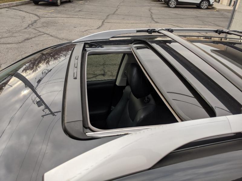 Lexus RX 450h 2011 price $16,995