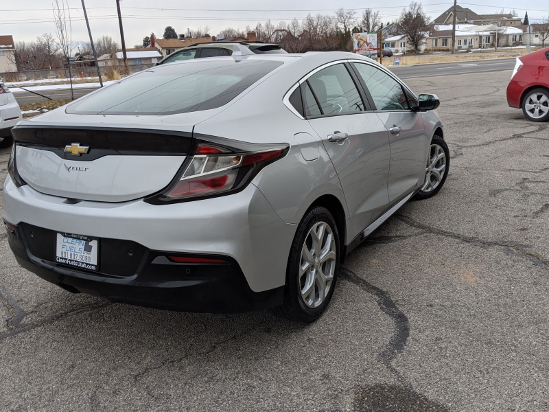 Chevrolet Volt 2017 price $20,395
