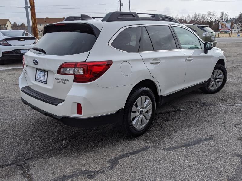 Subaru Outback 2017 price $18,895
