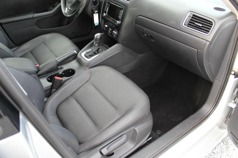 Volkswagen Jetta Sedan 2012 price $6,995