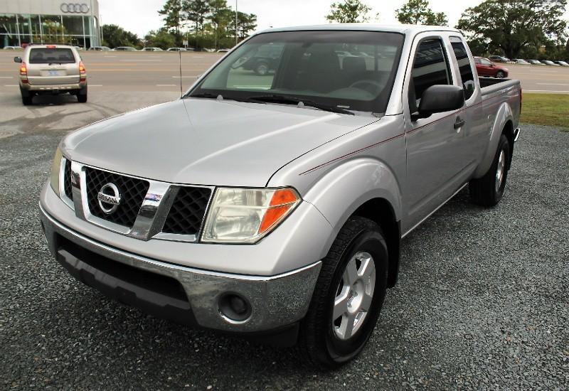 Nissan Frontier 2006 price $8,500