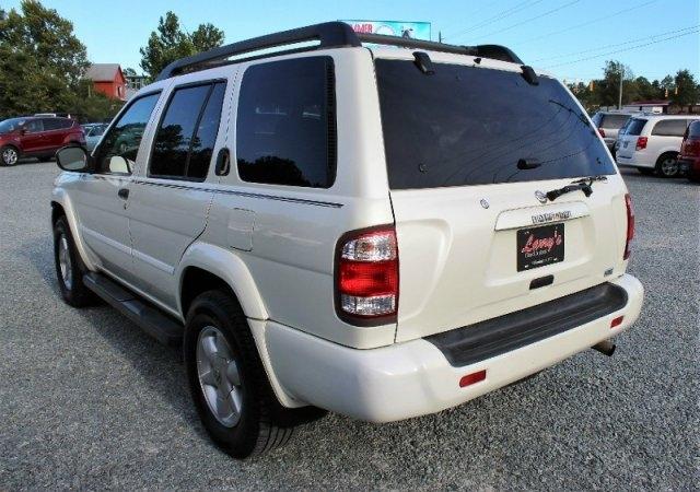 Nissan Pathfinder 2002 price $3,995
