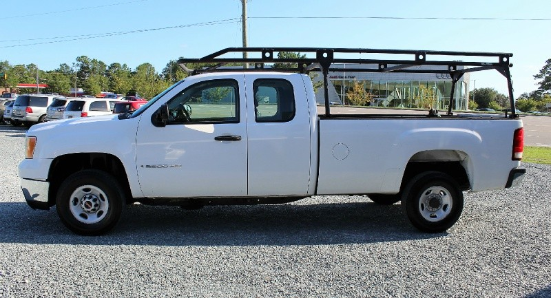 GMC Sierra 2500HD 2007 price $10,995