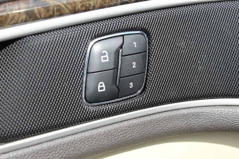 Lincoln MKZ 2013 price $13,995