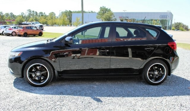Kia Forte 5-Door 2012 price $7,400