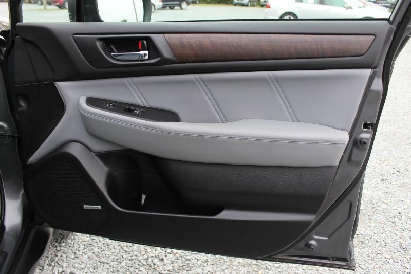 Subaru Outback 2018 price $27,500