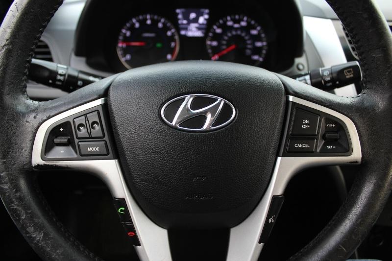 Hyundai Accent 2012 price $5,400