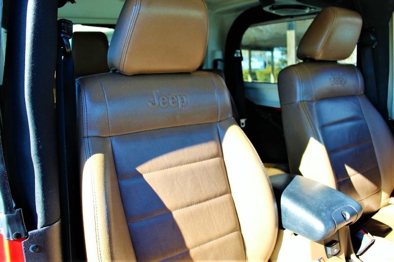 Jeep Wrangler 2011 price $14,995