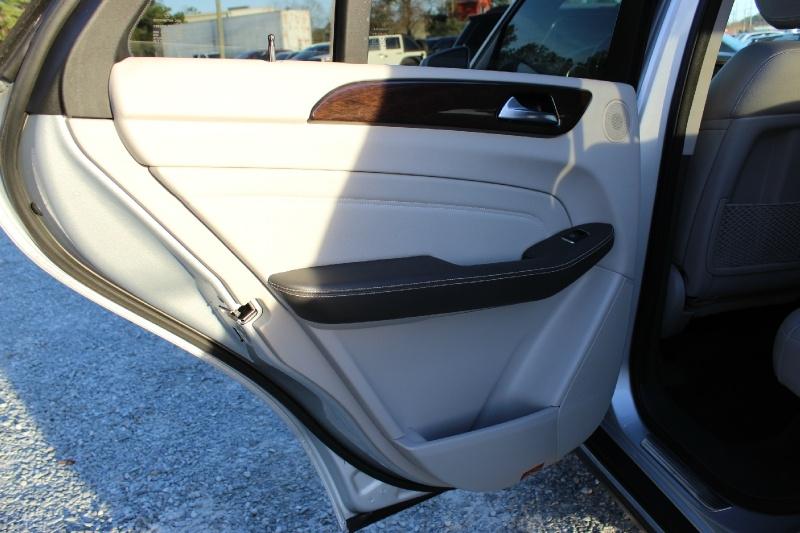 Mercedes-Benz M-Class 2012 price $14,800