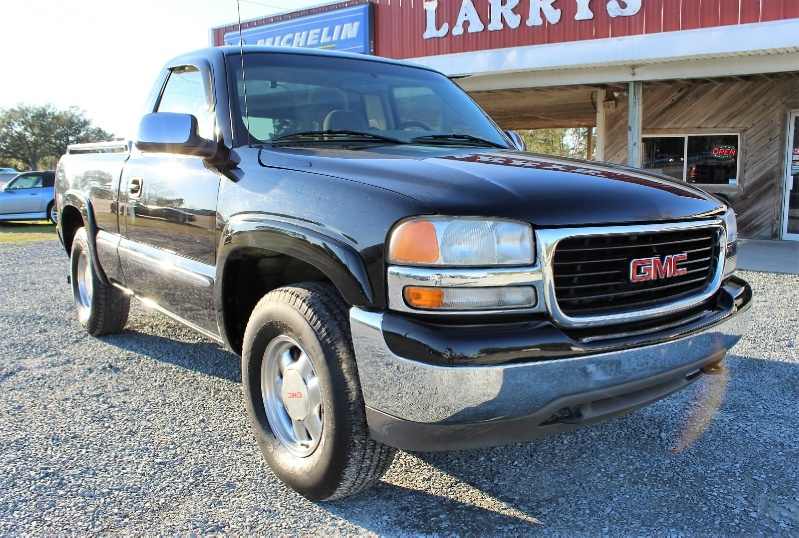 GMC Sierra 1500 2002 price $5,800