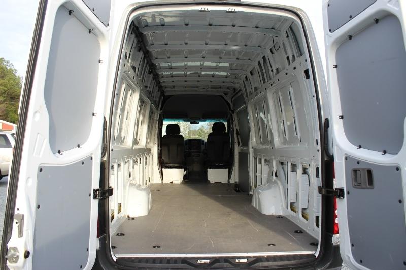 Mercedes-Benz Sprinter Cargo Vans 2016 price $25,500