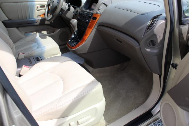Lexus RX 300 2000 price $4,500