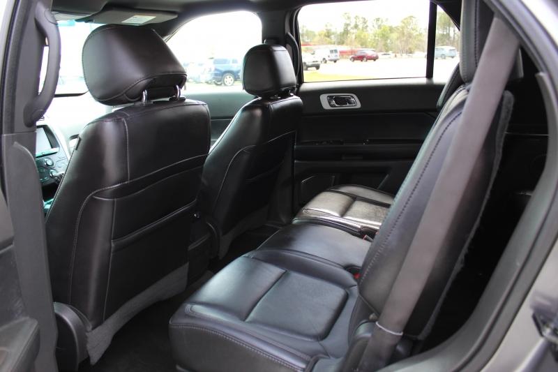 Ford Explorer 2013 price $12,800