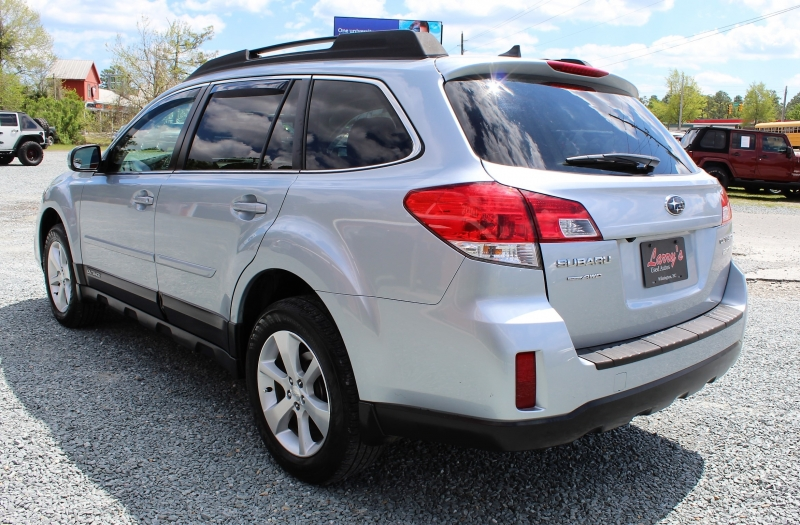 Subaru Outback 2013 price $13,845