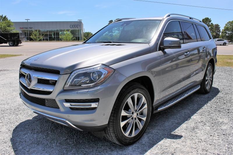 Mercedes-Benz GL-Class 2015 price $25,500