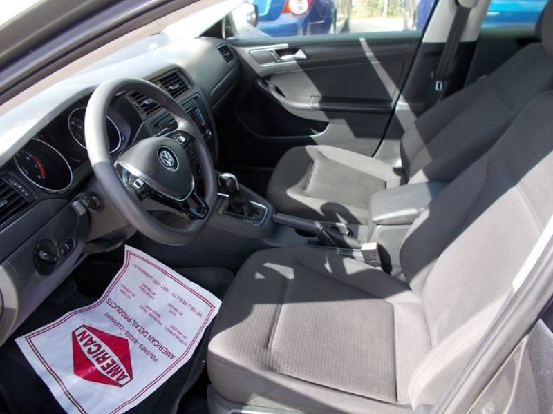 Volkswagen Jetta 2015 price $0
