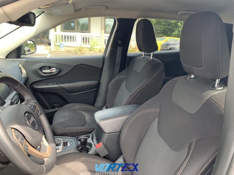 Jeep Cherokee 2016 price $16,500