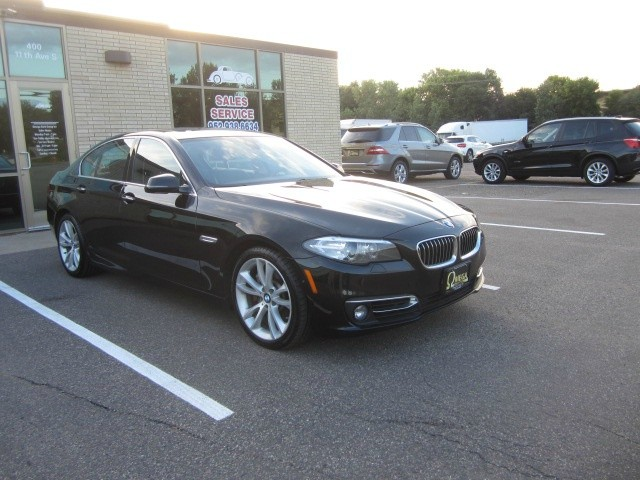 BMW 5-Series 2014 price $19,798