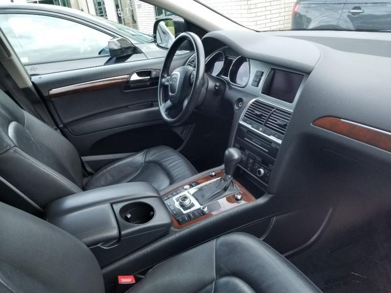 Audi Q7 2010 price $12,998
