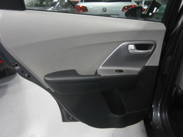 Kia Niro Plug-In Hybrid 2018 price $23,998