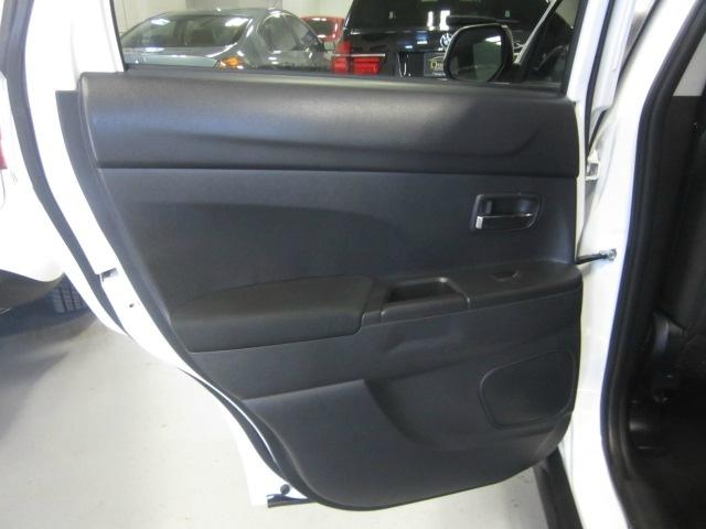 Mitsubishi Outlander Sport 2013 price $9,998