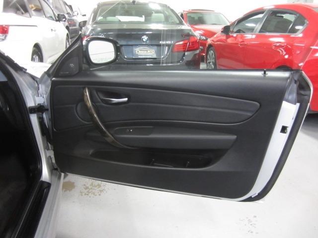 BMW 1-Series 2011 price $12,499