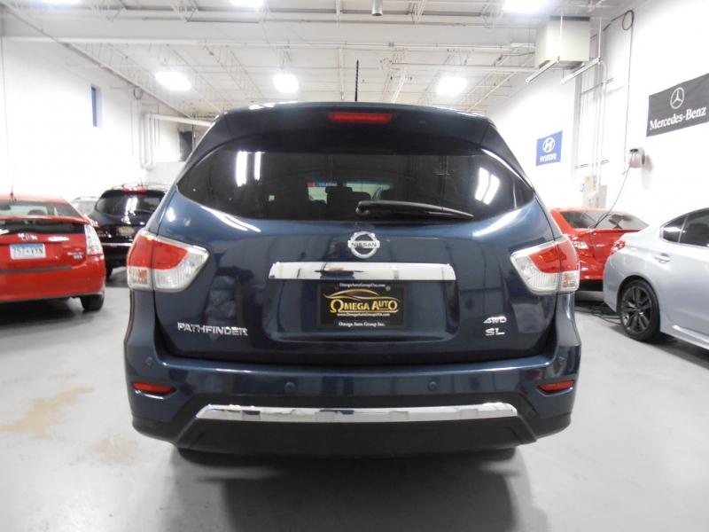 Nissan Pathfinder 2016 price $18,598
