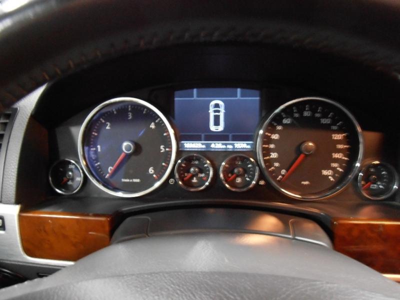 Volkswagen Touareg 2 2009 price $7,998