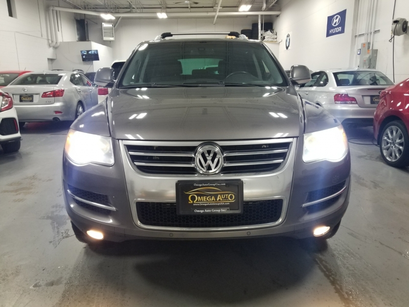Volkswagen Touareg 2 2008 price $8,198