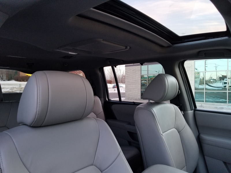 Honda Pilot 2015 price $18,990