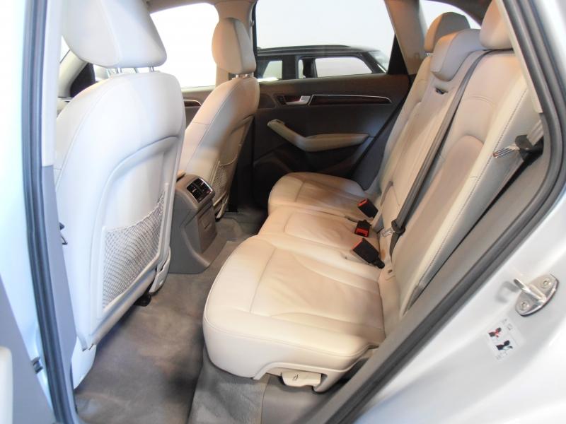 Audi Q5 2012 price $14,298