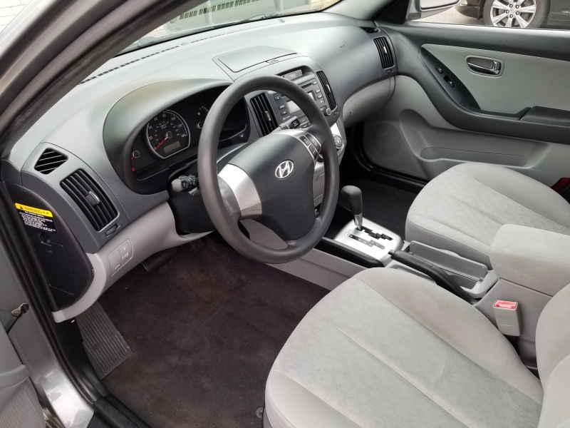 Hyundai Elantra 2010 price $3,998