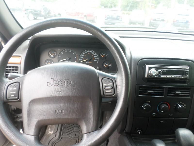 Jeep Grand Cherokee 1999 price $3,495