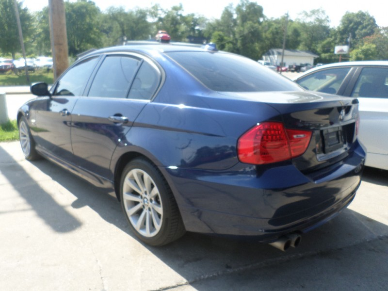 BMW 3-Series 2011 price $10,995