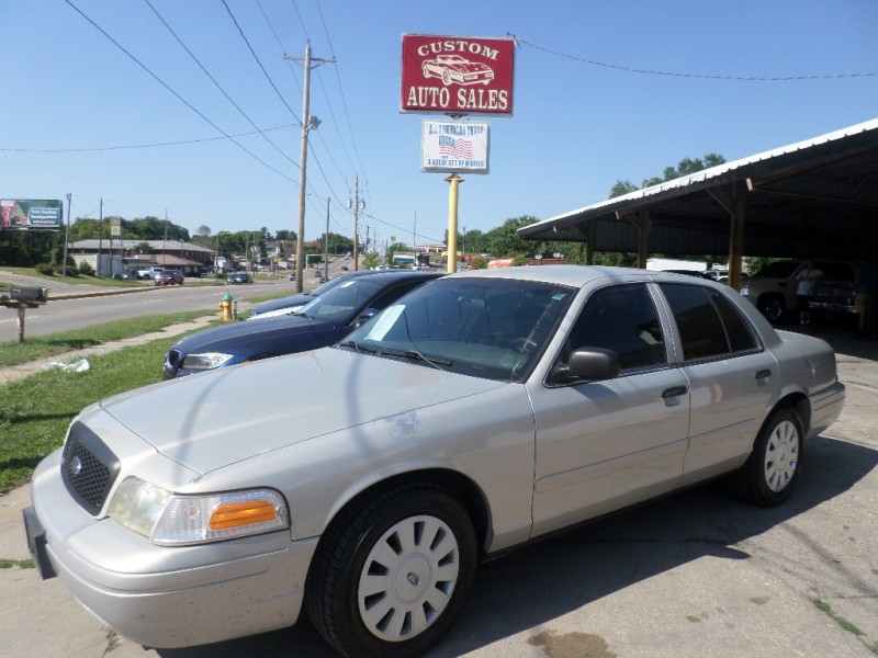 Ford Police Interceptor 2006 price $3,495