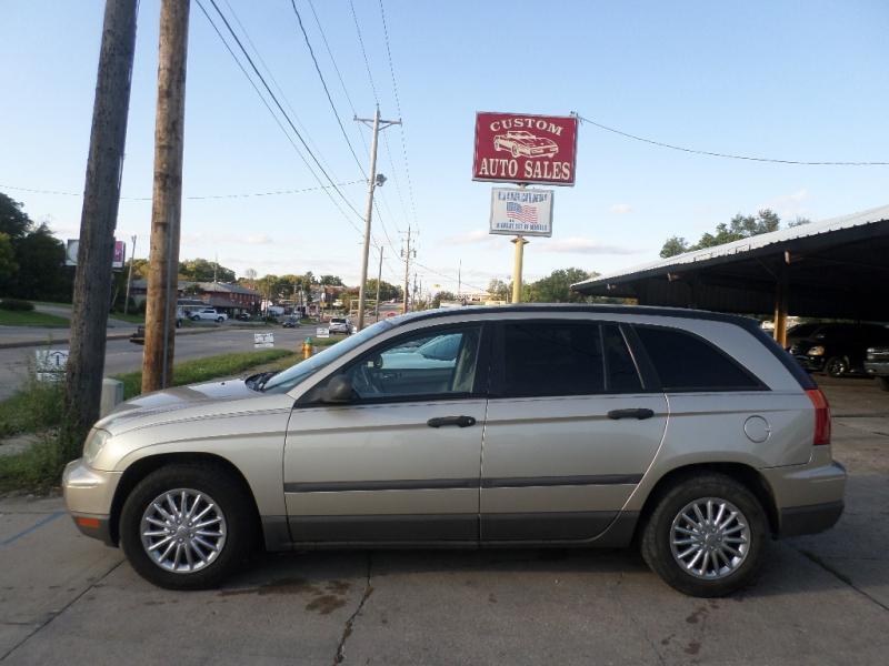 Chrysler Pacifica 2005 price $4,995
